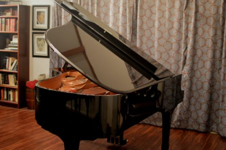 "Stunning 2000 Yamaha C6 Ebony Polish 6'11"" Semi-Concert Grand Piano"